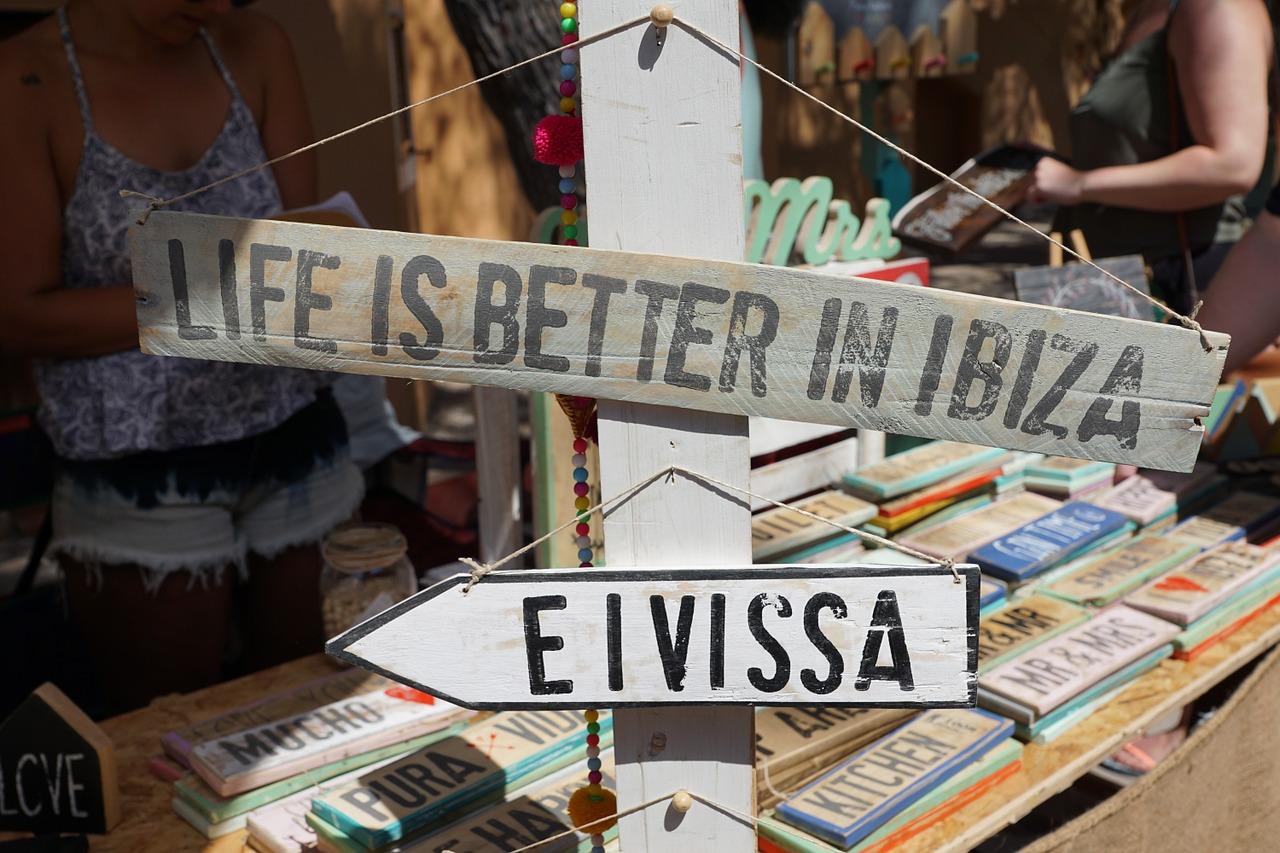 イビザ島旅行の基本情報と歩き方