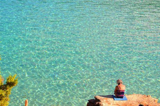 イビザのロックビーチ