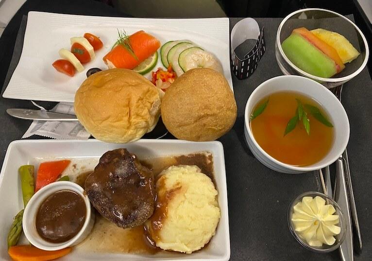 グアム線JALビジネスクラス の機内食